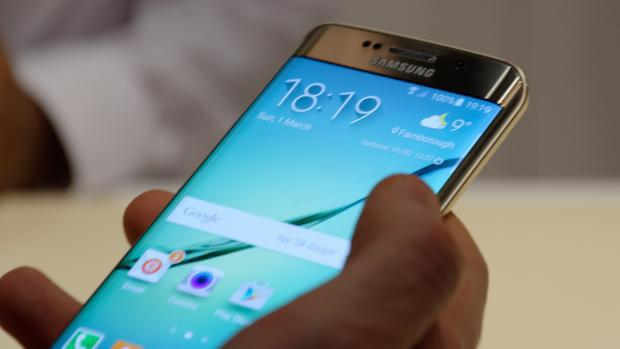 Samsung Galaxy S6 Edge Pictures
